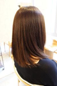 東京銀座くせ毛専門,縮毛矯正とカラーのくる返しでもツヤ髪キープ。