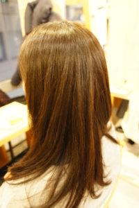東京銀座癖毛専門、カラーと縮毛矯正を繰り返した髪でもトリートメントなし