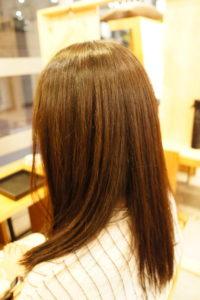 東京銀座くせ毛専門、縮毛矯正で広がる髪が落ち着いた